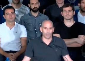 Los futbolistas se suman a la huelga indefinida por su 'exclusión total' en el Real Decreto