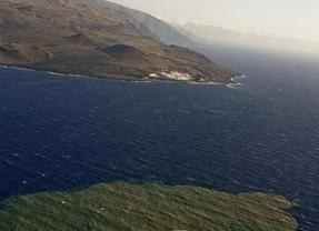 El Hierro confirma nuevas fisuras submarinas en dirección a la costa