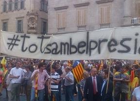 Cataluña recibe a Artur Mas con gritos de ¡independencia!