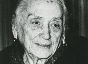 Una exposición homenajea a Dolores Ibárruri en Miguelturra