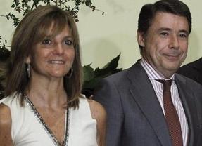 Anticorrupción decide recurrir el auto que imputa de dos delitos a la mujer de Ignacio González