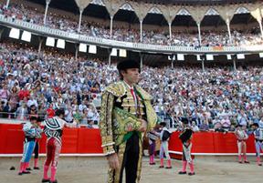 La Generalitat 'pasa' de presupuestar la indeminzación a la empresa de la plaza de toros