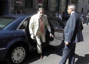 Pedro J. Ramírez revela que un empresario quiso dar 300.000 euros a Bárcenas para el PP en 2011