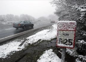 El 112 ha recibido 23 avisos por el temporal de nieve