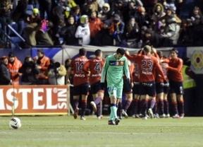 El arrojo del Osasuna acalla la bravuconada culé de jugar sin jugadores clave: 3-2 y posible adiós a la Liga