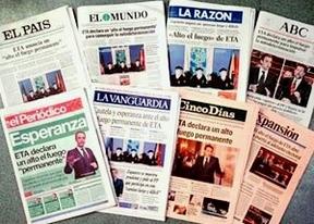 La huelga general adelanta el cierre de los periódicos, que salen con una única edición a nivel nacional