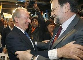 Inaudito: Rajoy pide el aplauso por actuar con