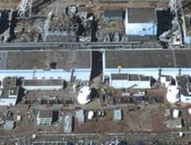 Japón no consigue parar la radioactividad y evacúa a los trabajadores del reactor