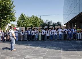 Tres sindicatos no darán su brazo a torcer sobre la privatización de algunos servicios en el nuevo hospital de Toledo