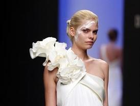 Las novedades en moda nupcial, fiesta y primera comunión, el eje central de MADRID NOVIAS 2011