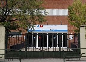 La cooperante de Médicos Sin Fronteras ya está en Madrid e ingresada en el hospital Carlos III