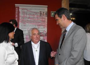 Guadalajara homenajea con una exposición al joyero y escultor Manuel Carrera