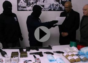 ETA ha entregado de forma simbólica '4 pistolas'... le quedan, al menos, otras 250