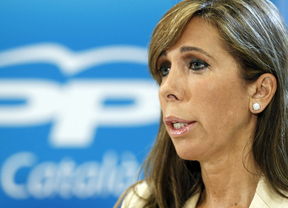 Sánchez-Camacho insta a seguir el ejemplo de Rajoy y pide a los líderes plíticos que publiquen su renta