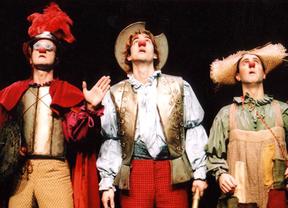 Don Quijote se hace 'clown' para divertir a los niños y... a toda la familia