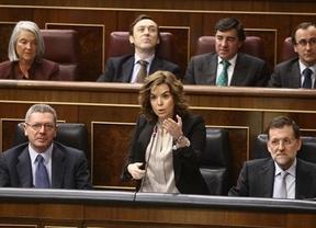 El Gobierno usa las 'tijeras' también con los políticos: recorta un 42% las subvenciones a los partidos