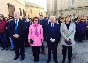 Riolobos arremete contra las voces internas que critican la gestión de Cospedal y Rajoy