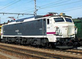 Renfe transportará en tren el Captur de Renault desde Valladolid hasta París