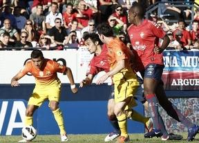 Un doblete de 'SuperMessi' salva al Barça en su campo maldito del Reyno de Navarra (1-2)
