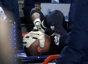 Víctor Valdés, ya operado de su rodilla, se enfrenta a 7 meses de recuperación