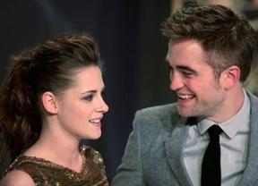 Kristen Stewart y Robert Pattinson ahora no se despegan