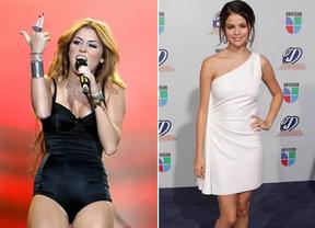 Playboy quiere a Miley Cyrus y Selena Gomez posando en sus páginas