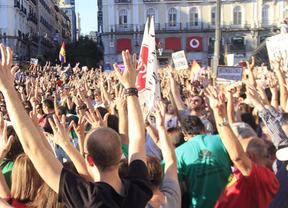 El 15-M saca a miles de personas a las calles al grito de 'sí se puede'