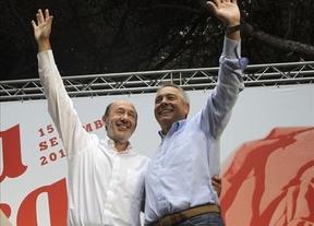 Rubalcaba, a Mas y Rajoy: 'Acudan a los socialistas catalanes y españoles, que queremos dialogar'