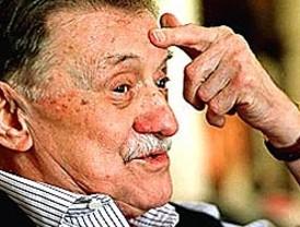 La Audiencia Nacional investiga la 'auto-competencia' de Garzón para juzgar el franquismo