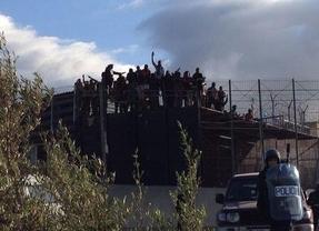 Nuevo intento de entrada en Melilla con inmigrantes cantando