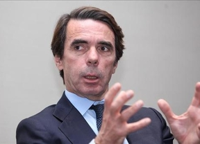 Aznar sube el tono: pide al Gobierno que