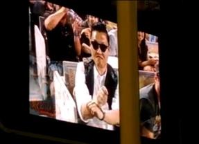 PSY y su 'Gangnam Style' pone a bailar al Dodger Stadium de los Ángeles