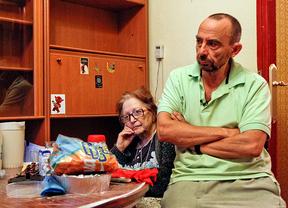 Ejecutan el desahucio de una anciana con cáncer terminal y un hijo discapacitado