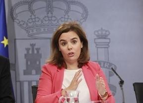 El Gobierno lleva al Constitucional la consulta canaria, mientras estudia cómo recurrir la renovada cita del 9-N en Cataluña