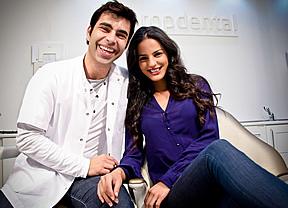 Jana Pérez con su sonrisa propdental protagoniza el spot de Häagen-Dazs, junto al hombre más sexy del año, Bradley Cooper