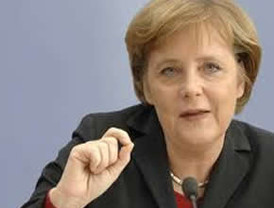 Merkel, partidaria de recapitalización de la banca