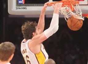 Pau Gasol está como nunca: decisivo en la ajustada victoria de 'sus' Lakers frente a Atlanta (105-103)