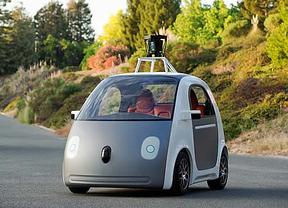 El coche autónomo de Google llevará volante y pedales