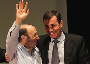 El acuerdo para renovar el CGPJ levanta ampollas: Tomás Gómez amenaza a Rubalcaba con dejar el Senado si incluye a Tristán
