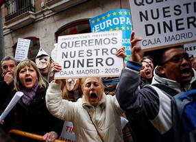 PP y PSOE se ponen de acuerdo en algo: pactan una salida para las preferentes