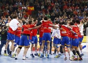 España alcanza 'su' final liderada por Sterbik y Cañellas y no deja que Eslovenia siga soñando (26-22)
