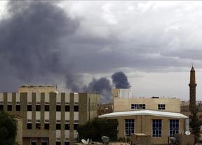 Al menos 40 civiles muertos en Yemen por los enfrentamientos entre los rebeldes hutíes y los partidarios del presidente