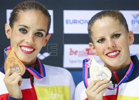 El equipo español se viste de bronce dos veces: Carbonell y Klamburg, y por conjuntos en los Europeos de sincronizada