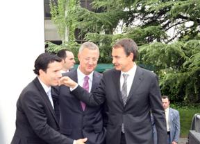 Mulas es felicitado por Zapatero y Caldera