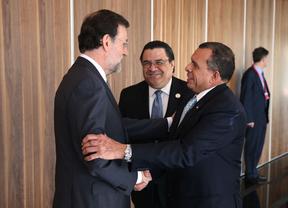 Rajoy pide inversión latinoamericana para salvar a España