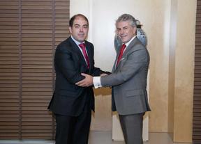 El Banco Santander y ATA firman un convenio de apoyo a los Autónomos