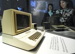 Sotheby's subastará un 'Apple I', el primer ordenador de Steve Jobs y Steve Wozniak