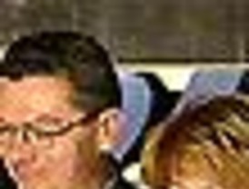 Gallardón vuelve a 'plantar' a Aguirre