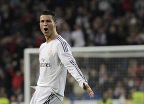 El Madrid mete presión al lider con una abultada victoria ante el Osasuna (4-0)