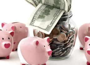 La tasa de ahorro familiar caerá hasta el 11,8% en 2001, según Funcas